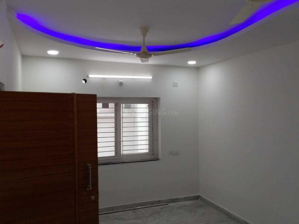 Living Room Image of 1100 Sq.ft 2 BHK Apartment for rent in Madhura Nagar for 18000