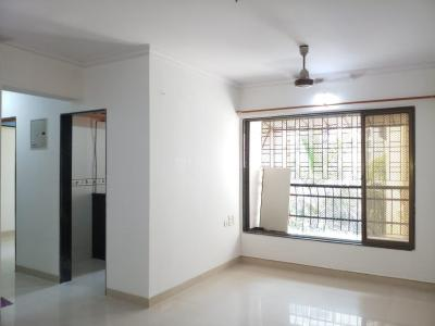 Gallery Cover Image of 750 Sq.ft 2 BHK Apartment for buy in Arihant Soni Sarovar Apartment, Borivali West for 17500000