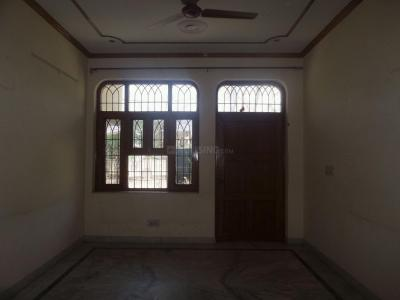 Gallery Cover Image of 2250 Sq.ft 3 BHK Independent House for rent in Sector 28 for 18000