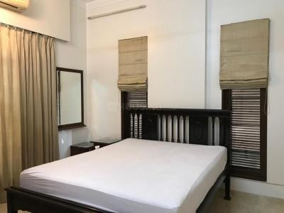 Gallery Cover Image of 2500 Sq.ft 3 BHK Apartment for rent in Juhu for 325000