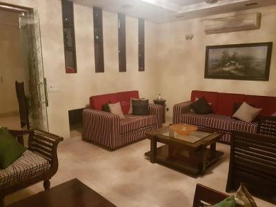 Gallery Cover Image of 1800 Sq.ft 2 BHK Independent Floor for rent in Hauz Khas for 55000