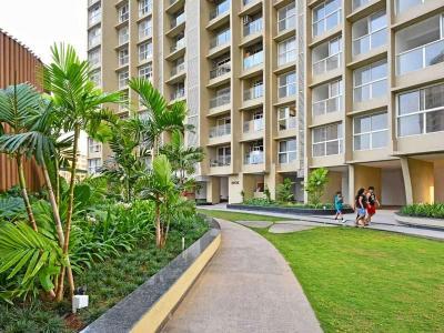 Gallery Cover Image of 3000 Sq.ft 6 BHK Apartment for buy in Runwal Elegante, Andheri West for 130000000