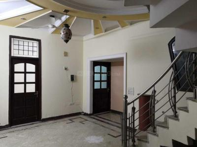 Gallery Cover Image of 2250 Sq.ft 3 BHK Villa for rent in Sector 7 for 22000
