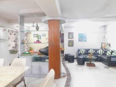 Gallery Cover Image of 2000 Sq.ft 3 BHK Apartment for buy in Tirupati Tower, Kandivali East for 84000000