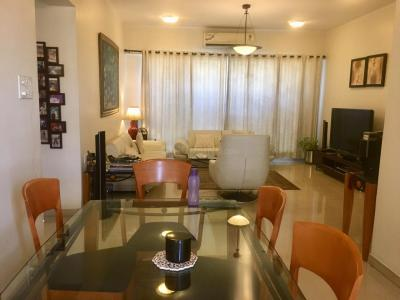 Gallery Cover Image of 2020 Sq.ft 4 BHK Apartment for rent in Bandra East for 160000