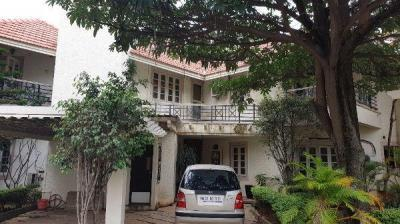 Gallery Cover Image of 4000 Sq.ft 4 BHK Villa for buy in Prestige Regent Place, Brookefield for 33000000