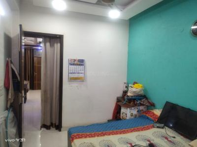 Gallery Cover Image of 950 Sq.ft 2 BHK Apartment for buy in Gyan Khand for 4198000
