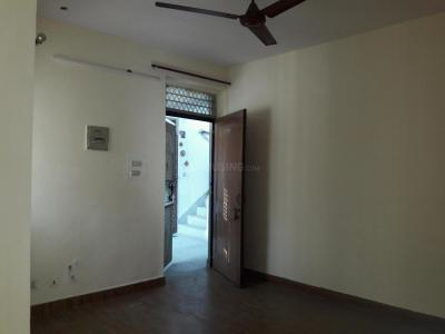 Gallery Cover Image of 450 Sq.ft 1 BHK Apartment for buy in Sector 11 Dwarka for 4800000