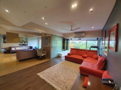 Gallery Cover Image of 2775 Sq.ft 3 BHK Apartment for rent in Parel for 110000