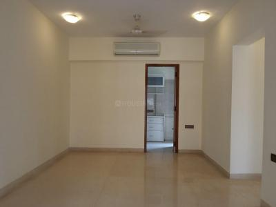 Gallery Cover Image of 850 Sq.ft 2 BHK Apartment for rent in Ruby Light, Khar West for 85000