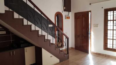 Gallery Cover Image of 1400 Sq.ft 3 BHK Independent House for buy in Anna Nagar West Extension for 13000000