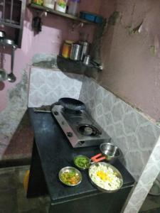 Gallery Cover Image of 180 Sq.ft 1 RK Apartment for rent in Byculla for 14000