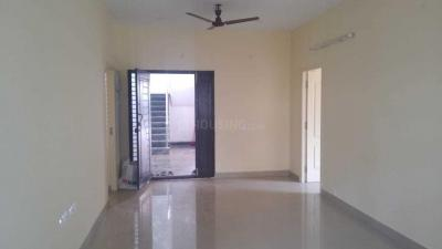 Gallery Cover Image of 1700 Sq.ft 3 BHK Independent Floor for rent in Nanganallur for 93000