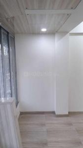 Gallery Cover Image of 2000 Sq.ft 3 BHK Apartment for rent in Juhu for 148500