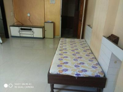 Gallery Cover Image of 550 Sq.ft 1 BHK Apartment for rent in Kandivali East for 21000