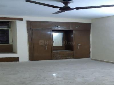 Gallery Cover Image of 250 Sq.ft 1 RK Apartment for rent in Siddh Apartment, Patparganj for 7500