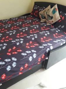 Bedroom Image of PG 4035723 Sarita Vihar in Sarita Vihar