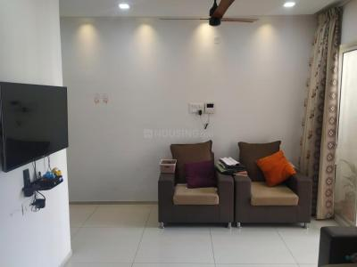 Gallery Cover Image of 1050 Sq.ft 2 BHK Apartment for rent in Urban Rise, Pisoli for 12000
