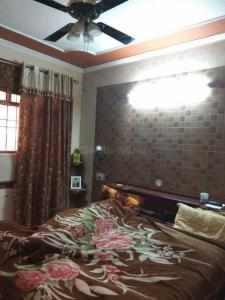 Gallery Cover Image of 1750 Sq.ft 3 BHK Apartment for rent in Sector 50-B for 30000