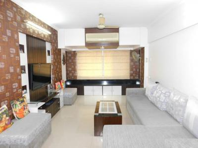 Gallery Cover Image of 1200 Sq.ft 1 BHK Apartment for buy in Greenwood Apartment, Andheri East for 28000000