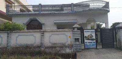 Gallery Cover Image of 2700 Sq.ft 3 BHK Villa for buy in Gangotri Vihar for 12500000