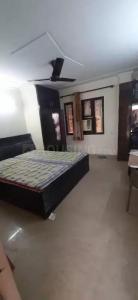 राजिंदर नगर में पीजी फ़ॉर गर्ल के बेडरूम की तस्वीर
