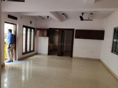 Gallery Cover Image of 880 Sq.ft 2 BHK Apartment for buy in T Nagar for 11000000