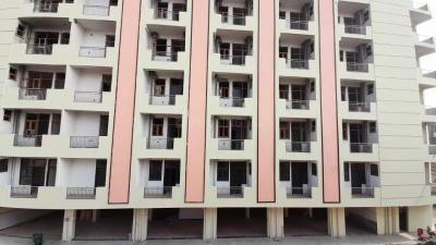 Gallery Cover Image of 900 Sq.ft 1 BHK Apartment for buy in Arrow Pine Residency, sector 73 for 1600000