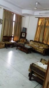 Gallery Cover Image of 2000 Sq.ft 3 BHK Independent Floor for rent in Sector 52 for 26000