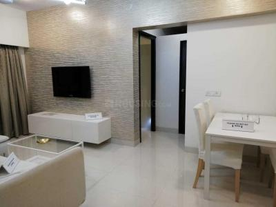 Gallery Cover Image of 750 Sq.ft 2 BHK Apartment for buy in Kandivali West for 14100000