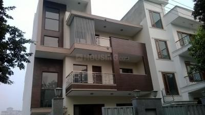 Gallery Cover Image of 859 Sq.ft 1 BHK Independent Floor for rent in Sector 10A for 12000