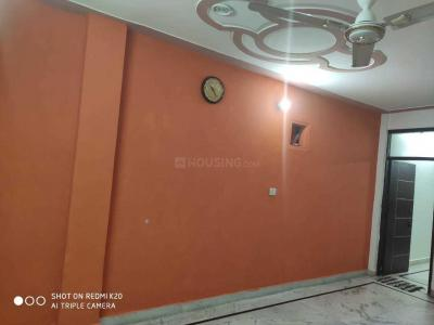 Gallery Cover Image of 750 Sq.ft 2 BHK Independent Floor for buy in Sector 4 Rohini for 2300000