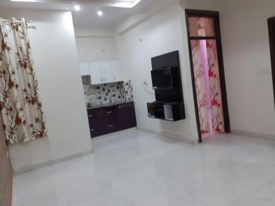 Gallery Cover Image of 950 Sq.ft 2 BHK Apartment for buy in Wave City for 2050000