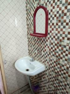 Common Bathroom Image of PG 5183185 Kasba in Kasba