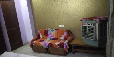 Gallery Cover Image of 150 Sq.ft 1 RK Apartment for rent in Ashok Vihar Phase 3 Block A RWA, Ashok Vihar for 8999