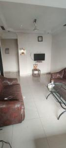 Gallery Cover Image of 750 Sq.ft 2 BHK Apartment for buy in Benhur CHS LTD, Andheri West for 19000000