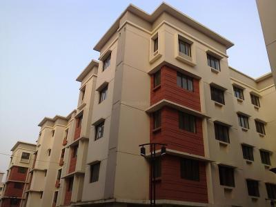Gallery Cover Image of 1360 Sq.ft 3 BHK Apartment for rent in Rajarhat for 18000