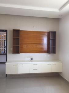 Gallery Cover Image of 2650 Sq.ft 4 BHK Apartment for rent in Iyyappanthangal for 42000