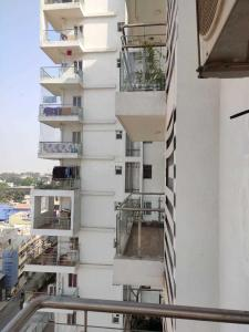 Gallery Cover Image of 1675 Sq.ft 1 BHK Apartment for rent in Mahadevapura for 42000