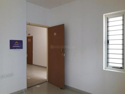 Gallery Cover Image of 677 Sq.ft 2 BHK Apartment for buy in Avadi for 2700000