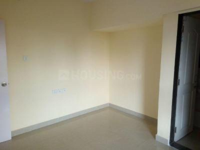 Gallery Cover Image of 990 Sq.ft 2 BHK Apartment for rent in Hubtown Greenwoods, Thane West for 22000