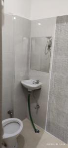 Bathroom Image of Castle PG Boys in Sector 17