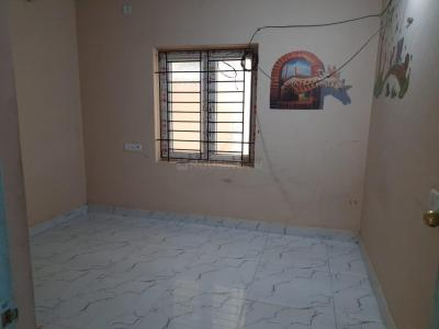 Gallery Cover Image of 920 Sq.ft 2 BHK Apartment for buy in Medavakkam for 5000000