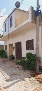 Gallery Cover Image of 900 Sq.ft 3 BHK Independent Floor for buy in Sanskriti Garden, Noida Extension for 4200000