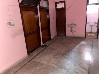 Gallery Cover Image of 1000 Sq.ft 2 BHK Independent House for rent in Sector 11 for 9000