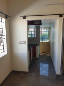 Gallery Cover Image of 1000 Sq.ft 3 BHK Apartment for rent in Bommanahalli for 22000