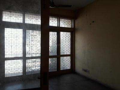 Gallery Cover Image of 650 Sq.ft 2 BHK Independent Floor for rent in Hari Nagar Ashram for 12000