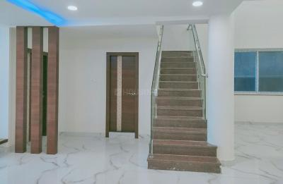 Gallery Cover Image of 2500 Sq.ft 5 BHK Apartment for rent in Pragathi Nagar for 43000