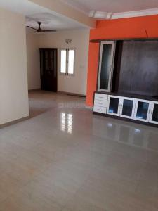 Gallery Cover Image of 1350 Sq.ft 2 BHK Apartment for rent in Domlur Layout for 35000