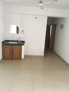 Gallery Cover Image of 1410 Sq.ft 3 BHK Apartment for rent in Ashiana Pearl, Tamlia for 8000